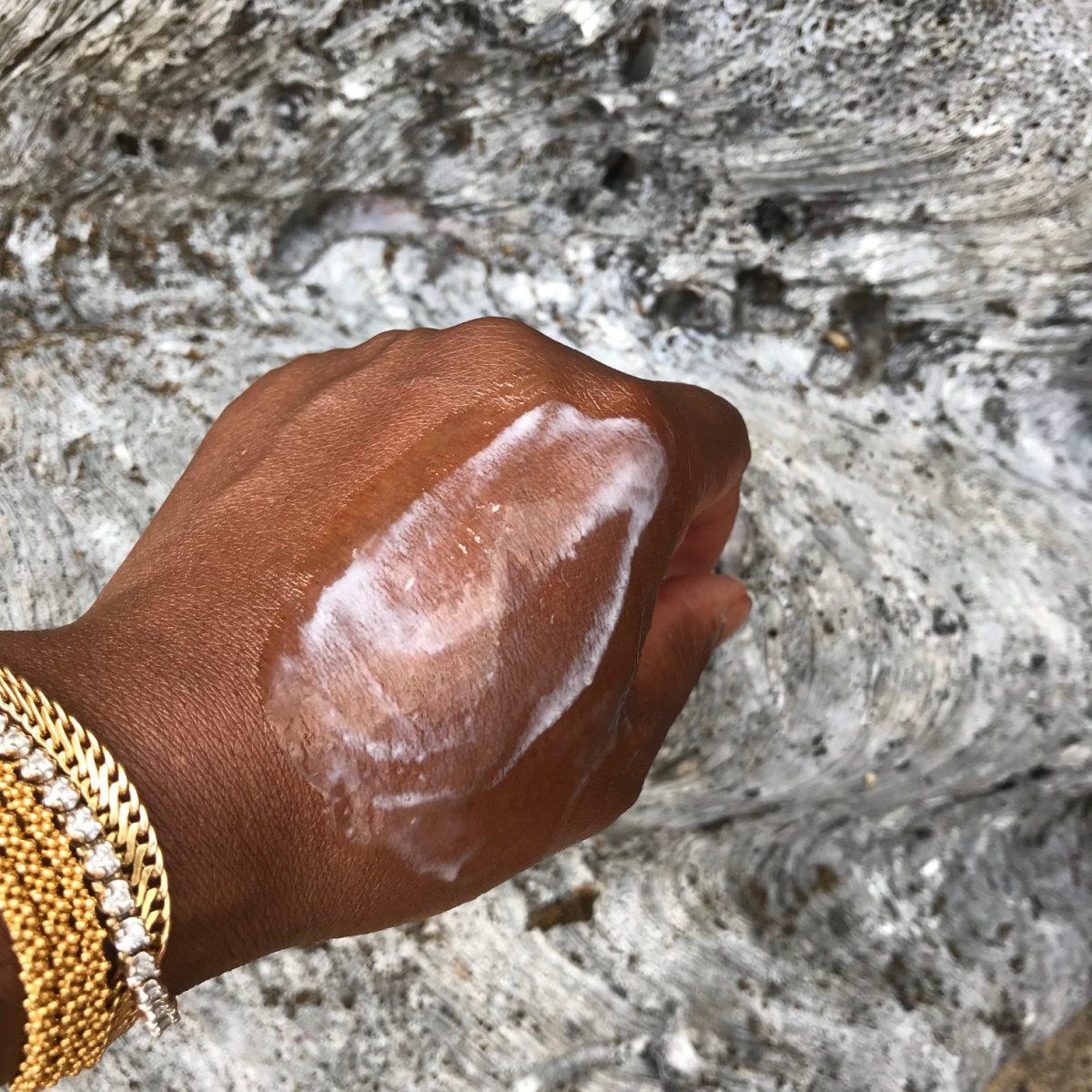 Orveda hand